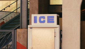 photo-of-an-old-ice-cube-refrigerator-2962002-e1594387966795-300x174