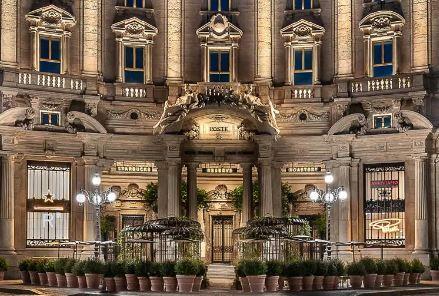 L'ex palazzo delle Poste a Milano.L'immobile è di un fondo gestito da Kryalos
